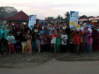 Ramadhan: SD Islam Terpadu Madani Berbagi Takjil dan Sembako