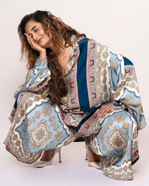 Rashami Desai Latest Hot Photo Stills Navel Queens