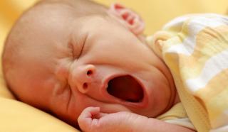 الحبل السري للطفل..العناية به حتى يسقط وتعقيمه والتنبّه للمشاكل المحتملة