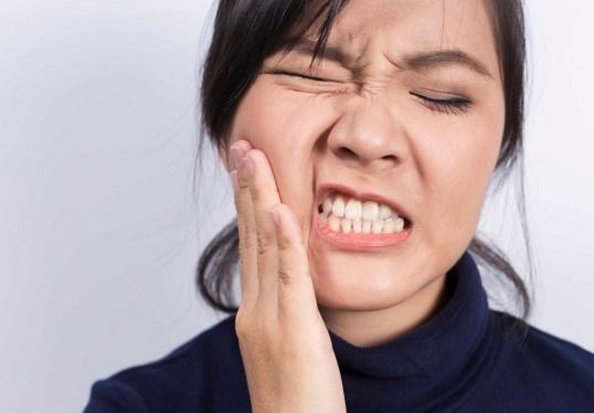 Cara Ampuh Mengobati Sakit Gigi Saat Hamil 8-9 Bulan