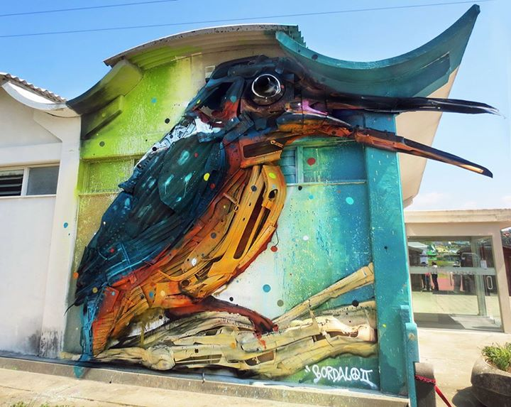 21-Guarda-Rios-Sculptor-Bordalo-Segundo-II-Sculpture-Urban-Camouflage-in-Upcycling-Rubbish-www-designstack-co