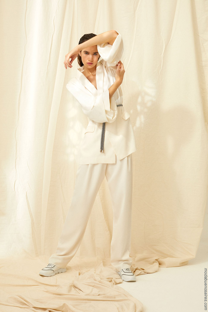 Kimonos y batas primavera verano 2020. Moda mujer primavera verano 2020.