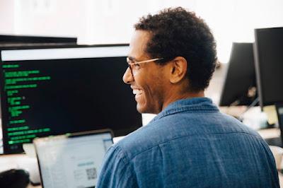 Empresa abre 40 vagas para trabalhar com tecnologia