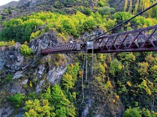 10 cây cầu treo sợ nhất thế giới 3