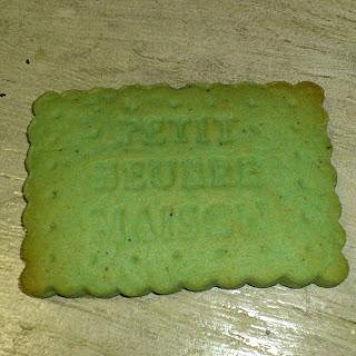 https://danslacuisinedhilary.blogspot.com/2012/06/petit-beurre-la-pistache-pistachio.html