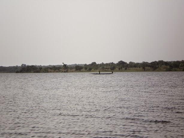 Lac de retenu d'eau de Sélingué