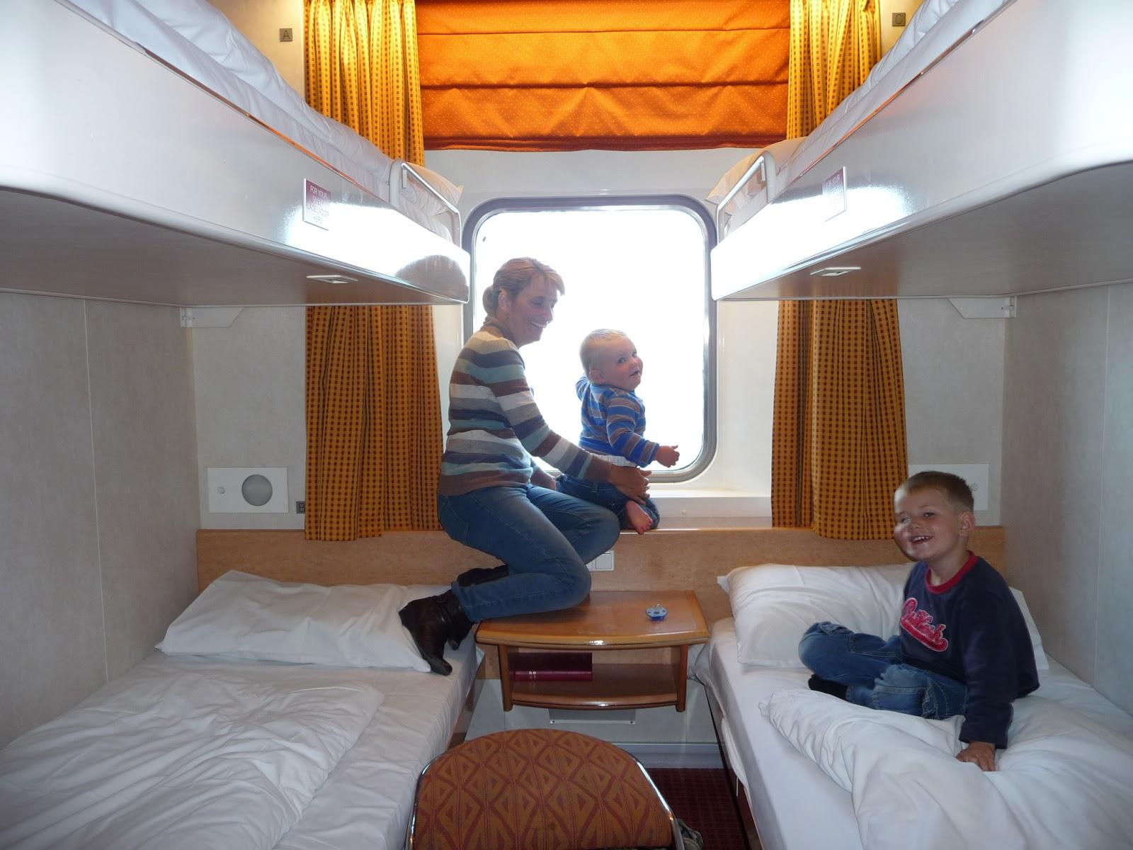 kendalls caravanning around australia with kids for twelve. Black Bedroom Furniture Sets. Home Design Ideas
