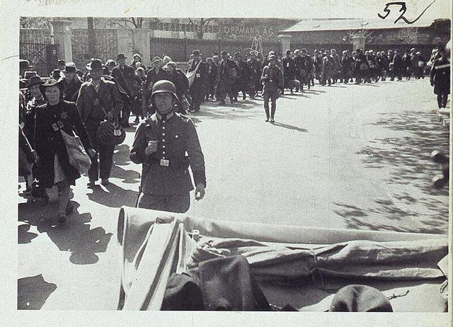 Würzburg Evacuation 25 April 1942 worldwartwo.filminspector.com