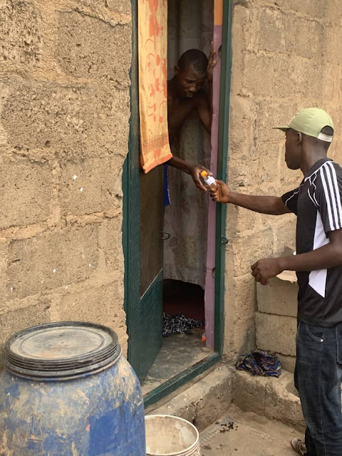 Corps member donates hand sanitisers in Ogun