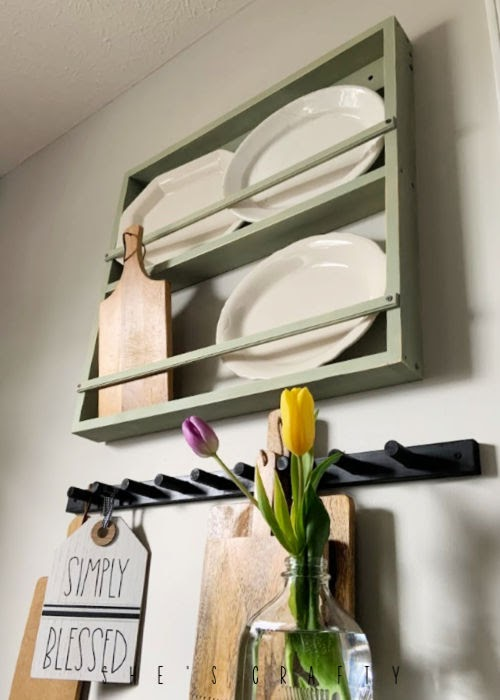 Hanging peg rack for a kitchen - farmhouse style storage