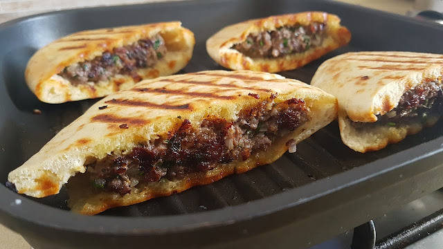How To Make Arayes - Pita Stuffed With Meat