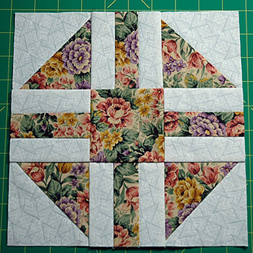 Paths & Stiles Quilt Block - Free Pattern