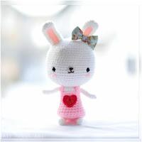 http://amigurumislandia.blogspot.com.ar/2018/12/amigurumi-conejita-dulce-corazon-all-about-ami.html