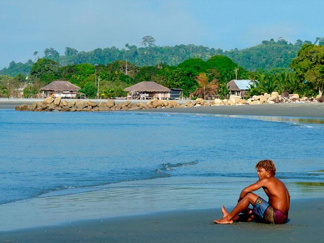 Esmeraldas y su playa Mompiche