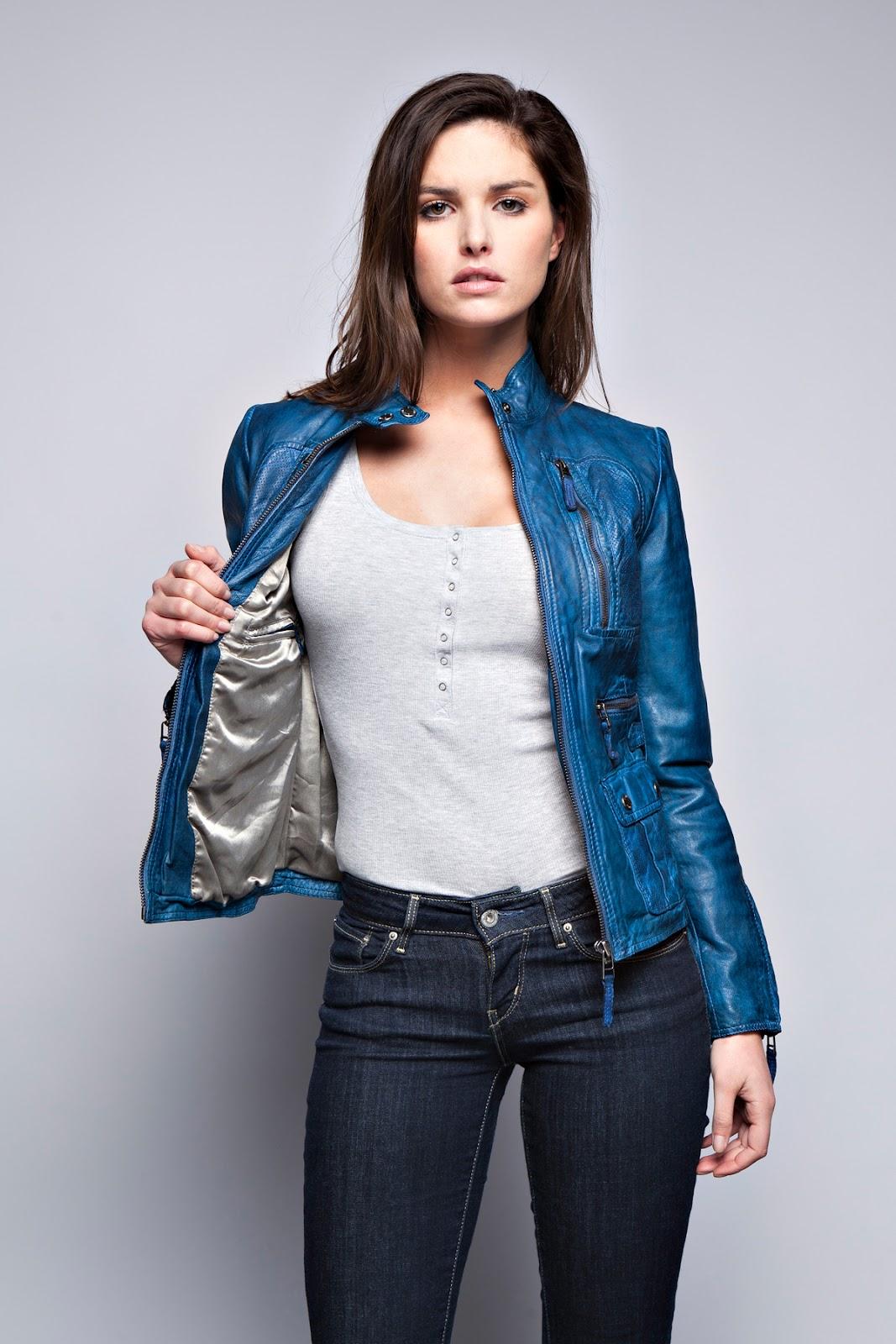 Retrouvez le blouson en cuir Dolce violet pour femme sur notre boutique  Prestige Cuir   Cliquez ici ! 878daa38054