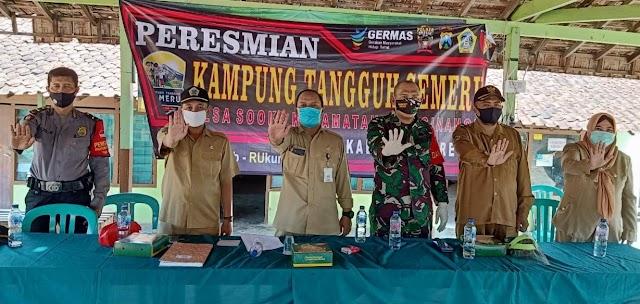 Camat Beserta Jajaran Muspika Kecamatan Wringinanom Resmikan Kampung Tangguh di Desa Sooko