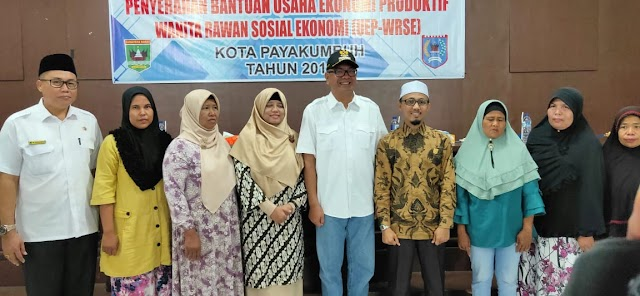1179 orang WRSE Kota Payakumbuh Terima Bantuan Usaha Ekonomi Produktif