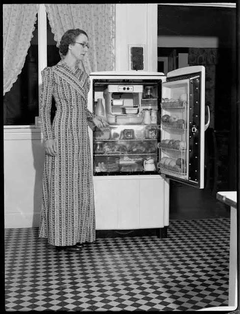 Sylvia at the refrigerator, 22 October 1941 worldwartwo.filminspector.com
