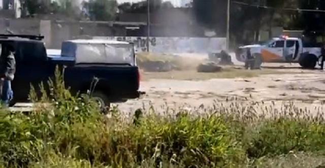 VIDEO.- Las balas le reventaban a unos metros graban pelotera entre Sicarios vs Policias se enfrentan en Jalisco tierra de El Mencho