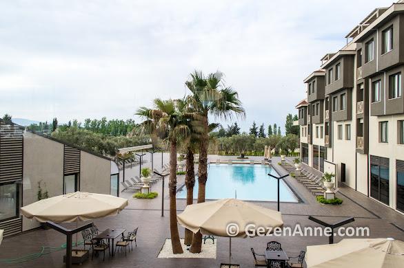 Ramada Kazdağları Termal otel havuzu ve ortamı, Güre Edremit