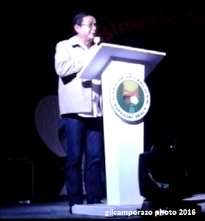 Mayor Jalandoni III giving message