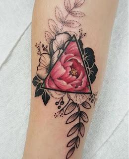 tato bunga mawar terbaik