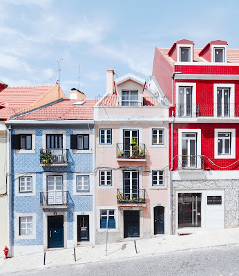 Dom czy mieszkanie – wady i zalety obydwu rozwiązań