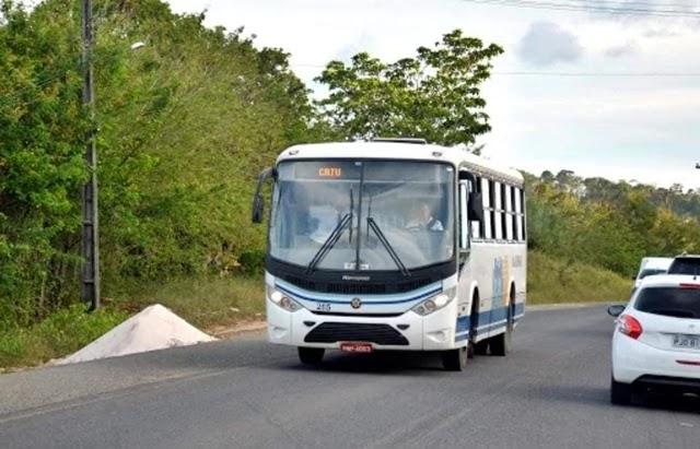 Dom Basílio e Capim Grosso entram na lista dos municípios com transporte suspenso