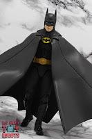 S.H. Figuarts Batman (1989) 15