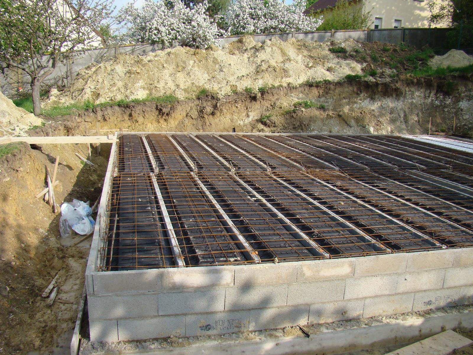 notre construction bazemont plancher du sous sol 2. Black Bedroom Furniture Sets. Home Design Ideas