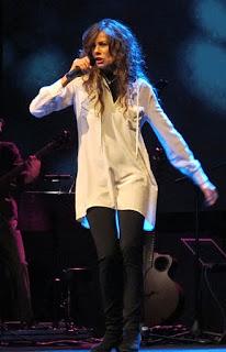 Battiato had a successful partnership with the popular singer Alice