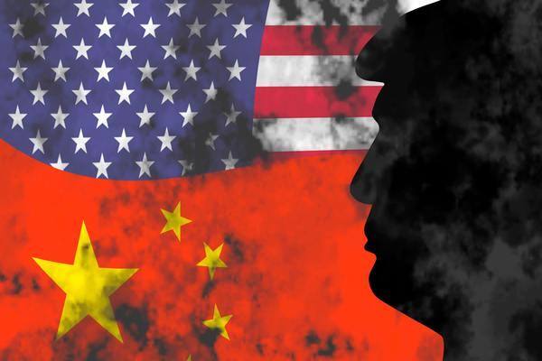 بعد TikTok.. ترامب يوقع مرسوما لحظر خدمات صينية مهمة