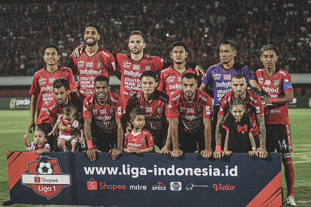Line Up Bali UNited