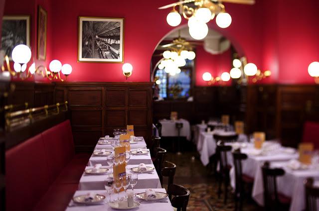 Curtir a noite nos restaurantes de Lyon
