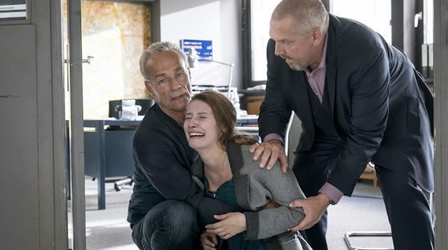 Tatort: Familien - Max Ballauf (Klaus J. Behrendt), Jessica Dahlmann (Marie Meinzenbach) und Freddy Schenk (Dietmar Bär).