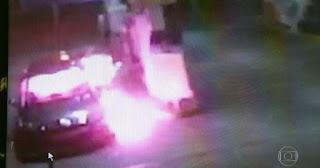 Frentista reage a assalto e joga álcool em ladrão, que pega fogo ao atirar