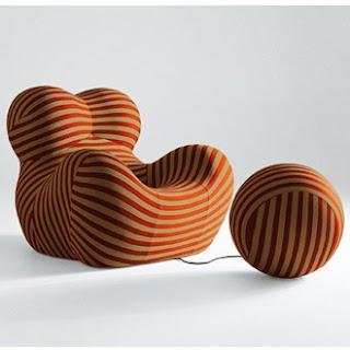 Diseño de sillón único en forma de bola de estambre