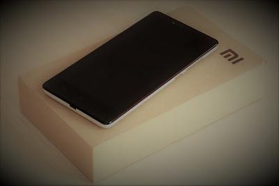 Xiaomi Mau Ikutan Produksi Ponsel Lipat Xiaomiintro