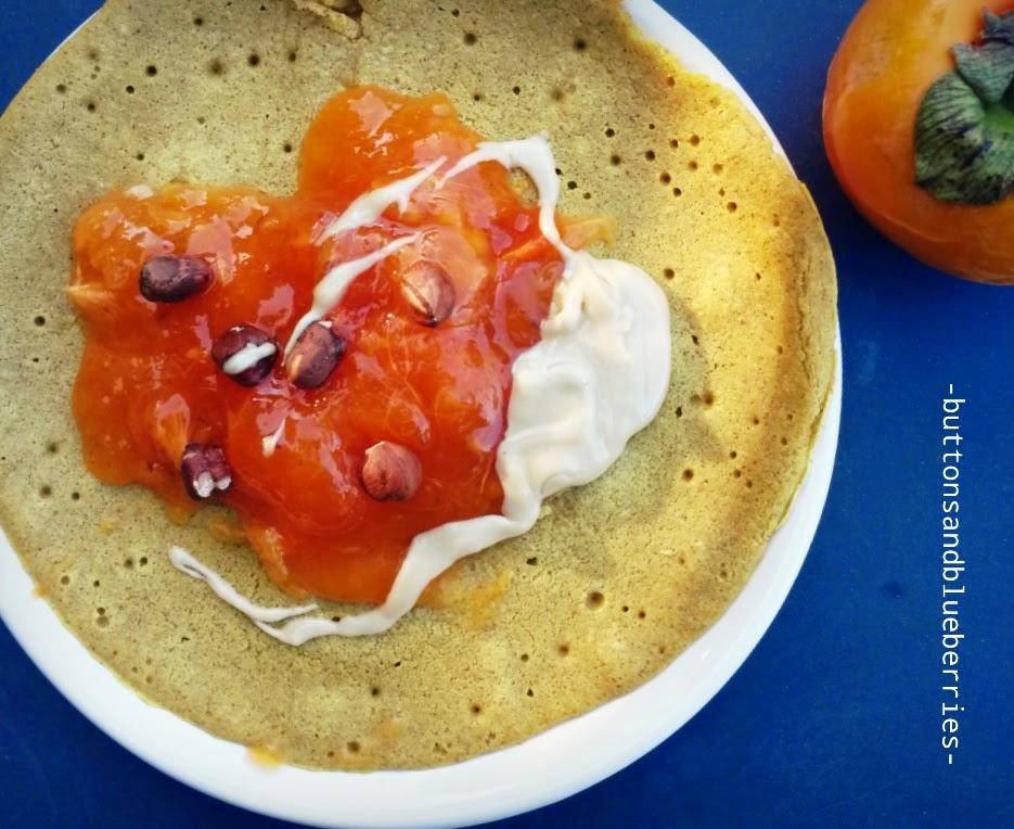 ricetta delle crêpes senza uova- ovvero le crêpes vegan- sono molto più leggere e si possono fare anche senza glutine. sia col dolce che col salato ma la parte migliore è che sono velocissime da fare!