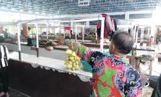 Pasar Blok R Kuala Kapuas Nyaris Kosong