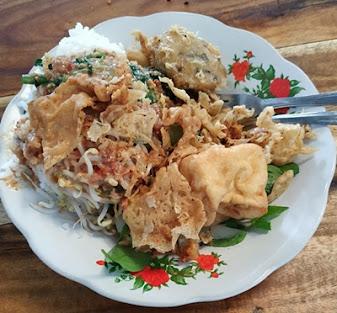Kuliner Blitar Pecel Mbok Bari