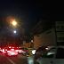 Colisão entre carros causa lentidão na Bernardo Vieira altura da passarela do bairro Quintas