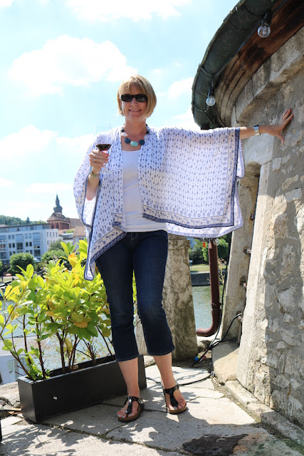 http://www.andreaswellnessnotes.com/2016/08/summer-poncho-for-hot-summer-days-and.html