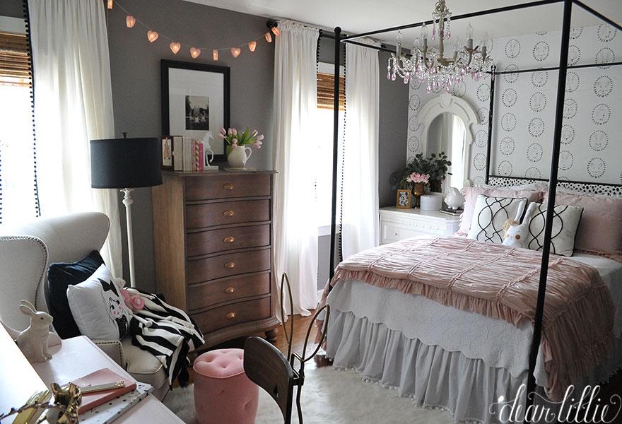 dear lillie lillie 39 s new room. Black Bedroom Furniture Sets. Home Design Ideas