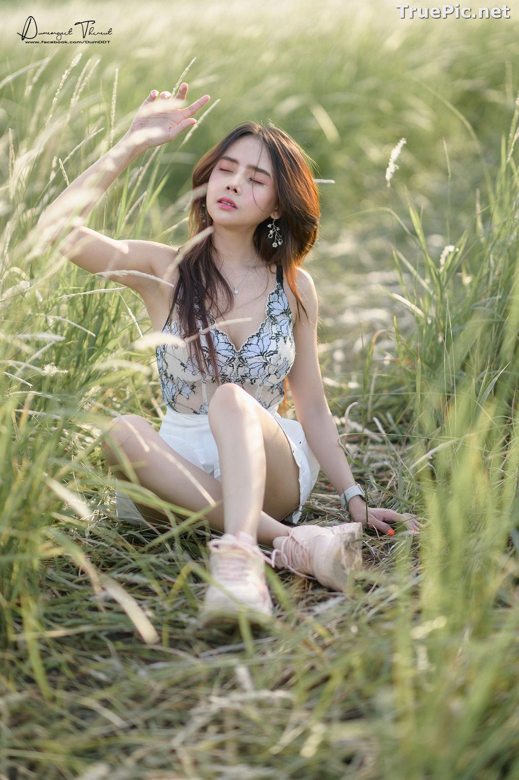 Image Thailand Model - Anusara Thaweesuk - Wild Grass Field - TruePic.net - Picture-6