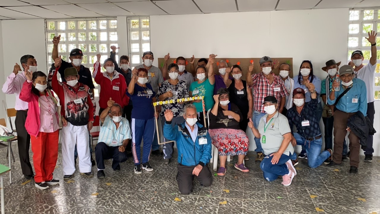 Adultos mayores de Santa Rosa de Cabal participaron en estrategia de Memorias Reparadoras