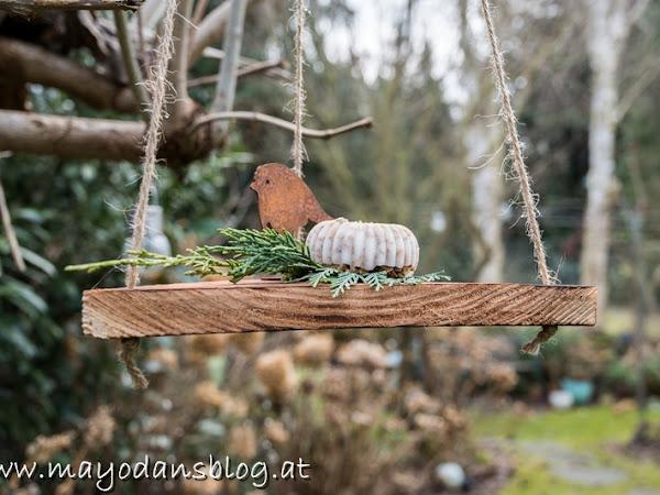 DIY Vogelfutter auf der Schaukel - das etwas andere Vogelhäuschen!