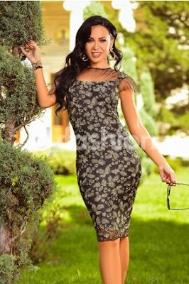 rochie midi neagra cu croi drept cu broderie aurie eleganta de nunta si ocazii