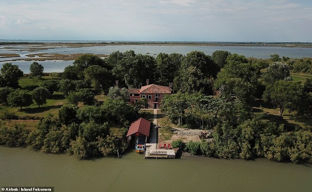 Island for rent of 40 USD per night