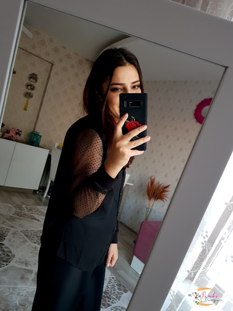 Siyah transparan gömlek